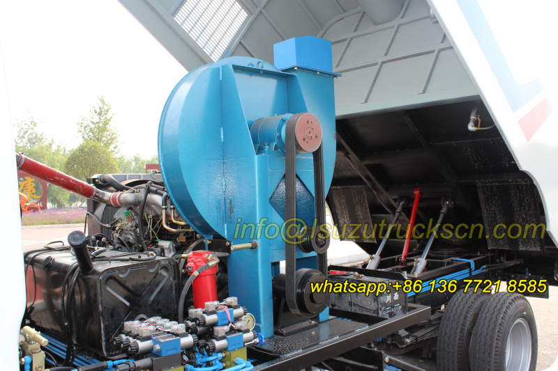 Street road sweeper truck Isuzu trucks high performance air blower