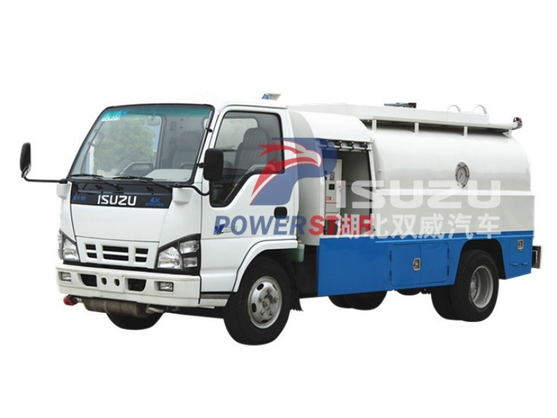 5000L Carbon Steel Fuel Tank Truck Isuzu for Diesel Oil Delivery