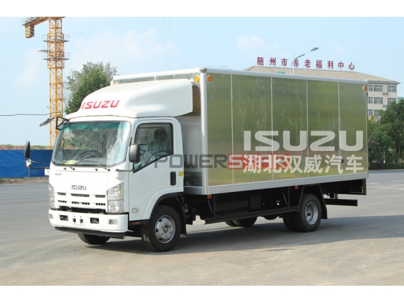 High Quality 4x2 Small Van Box Cargo Lorry Trucks ISUZU Light Truck